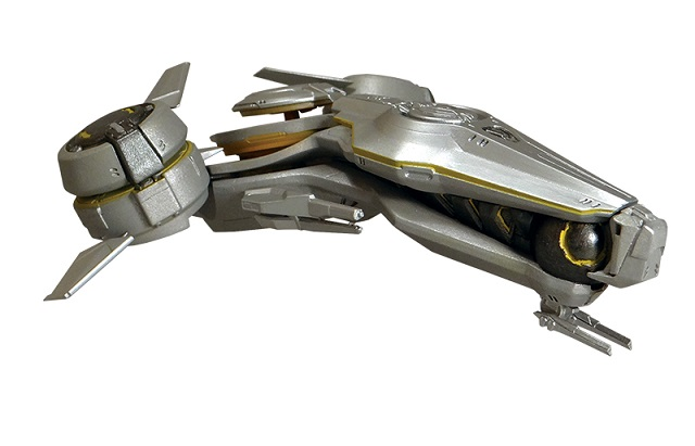 Dark Horse unveils Halo 5 replica ships