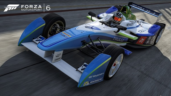 Forza Motorsport 6 opens garage door